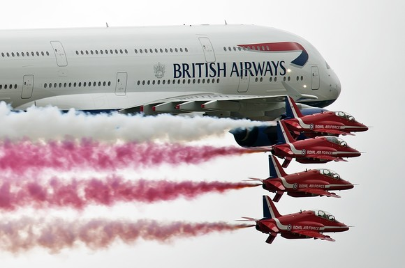 Red Arrows and an A380